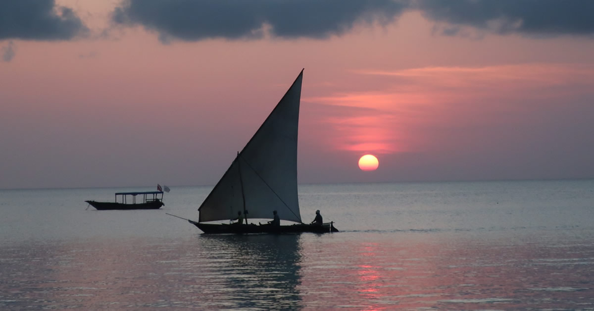 Honeymoon fund blog - Real Life Honeymoons: Uganda and Zanzibar